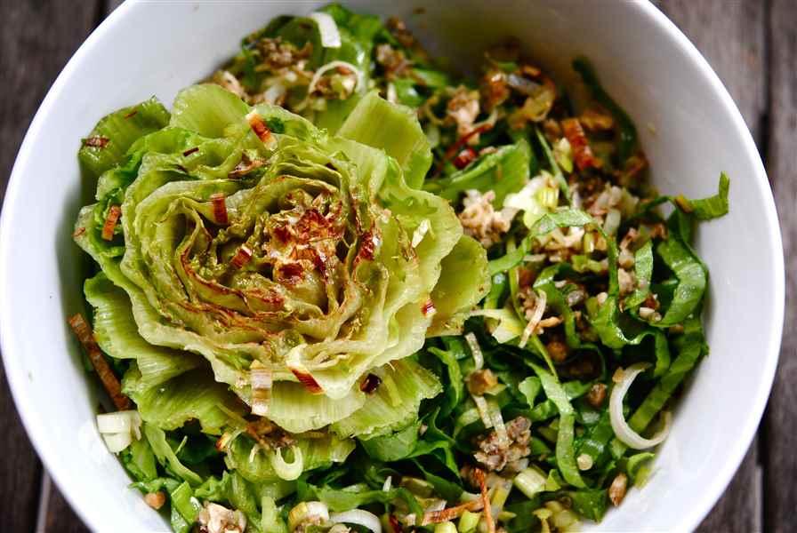 Salade de scarole et son trognon grillé