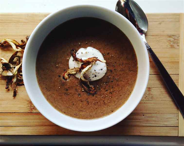 Soupe de champignons bouillon miso chaga kombu